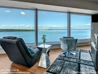 1 Bedroom Penthouse Water And City View--august Dates Available!