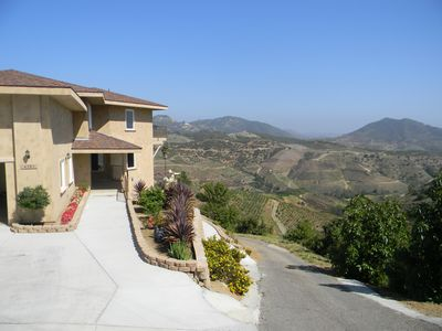 San diego fallbrook extreme view mountain vrbo for San diego county cabin rentals