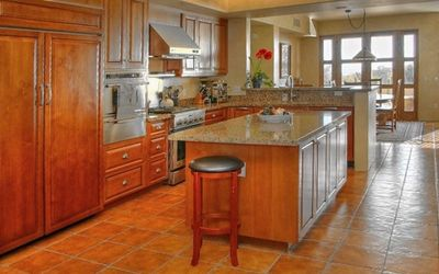 A gourmet cook's delight, this large kitchen includes everything you need.