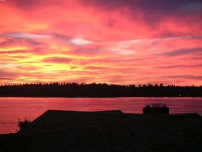 Gated Waterfront Home. Amazing Sunsets. Chambers Bay 2015