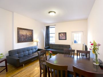 Central Park North apartment rental - 3 Bedroom living room with Sat & 47' HDTV