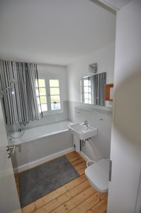 Top floor – bathroom