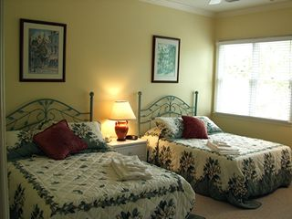 Kiawah Island house photo - Upstairs bedroom w. 2 queens, full bath
