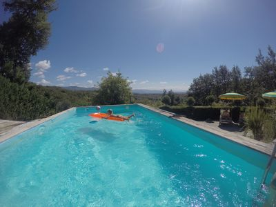 Three holiday houses with pool in a quiet location with panoramic views surrounded by olive