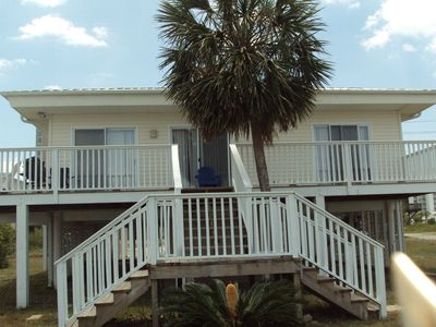 A three+ bedroom house- sleeps 10 in Central Gulf Shores ON the lagoon!