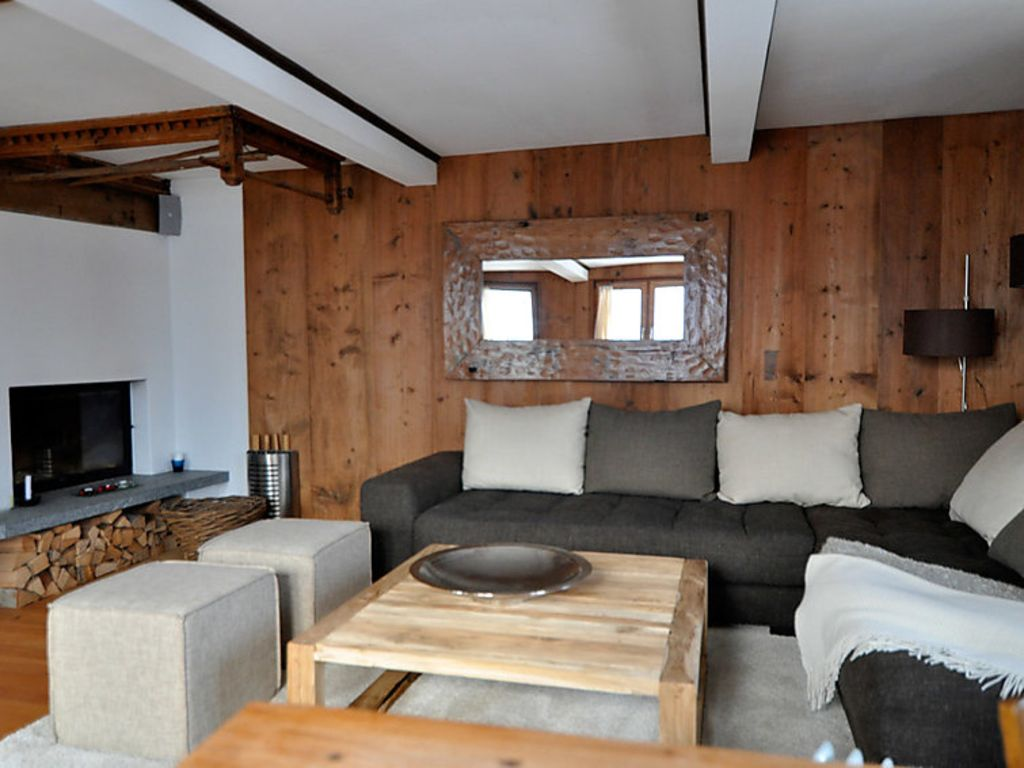 Apartment 88139, Fanas, Grisons