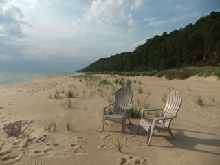 Claybank Township cottage photo - Beach to the north