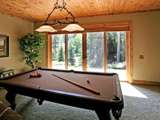 Sundance cabin photo - Pool table and wet bar where you can relax and enjoy the nights after a long day