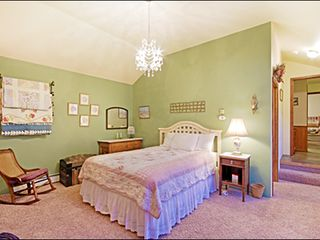 Breckenridge townhome photo - Master Bedroom - Queen
