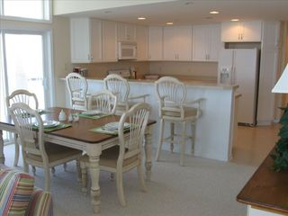Crisfield condo photo - Expansive and Bright Dining and Kitchen Areas