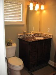 Clover house photo - Full bath with granite countertop