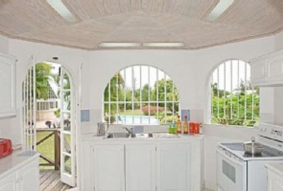 Large, airy, well equipped kitchen