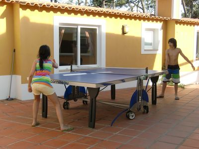 Exterior tennis table (ping pong table)