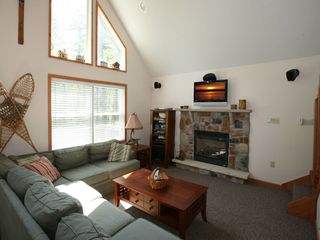 Towamensing Trails chalet photo - Great Room with Gas Fireplace