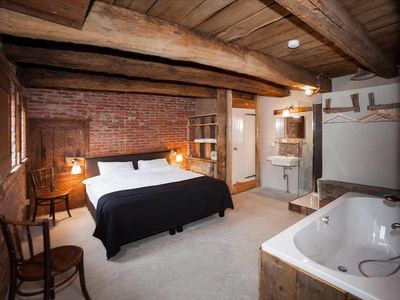 houses and apartments in old farmhouse with sauna and hot tub - Eenheid 3215468 PaardenStee