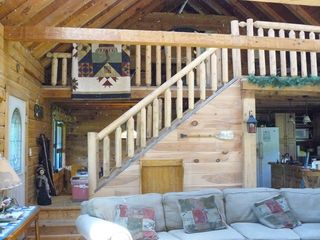 Poconos Cabins on Kunkletown Cabin Rental  Authentic Log Cabin With Jacuzzi On 7 Private