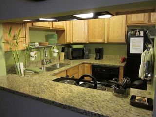 Salt Lake City condo photo - Beautifully remodeled kitchen with new appliances.