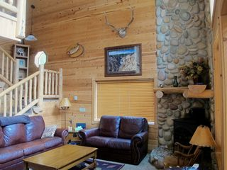 Secluded Cabin In The Woods Near Henrys Lake Close To Yellowstone Park