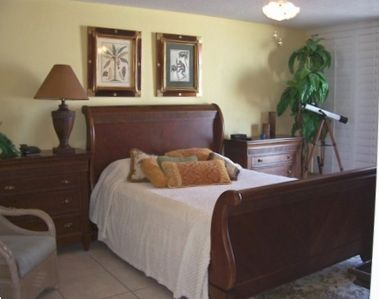 Great Master Bedroom-King Size Bed