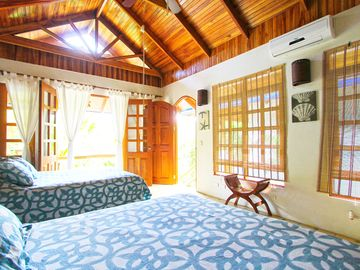 Mal Pais BUNGALOW Rental Picture