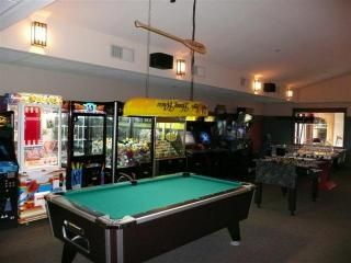 Wisconsin Dells cabin photo - Clubhouse game room