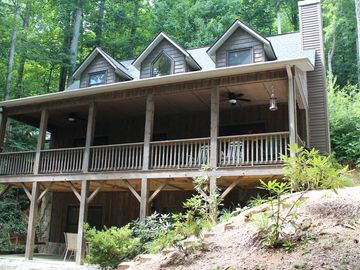 Lake Nantahala house rental - Black Walnut Lodge - your home away from home