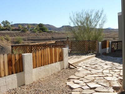 18 yrs + Family Friendly / Snowbirds Welcome Beautiful Spacious Mtn. View Home