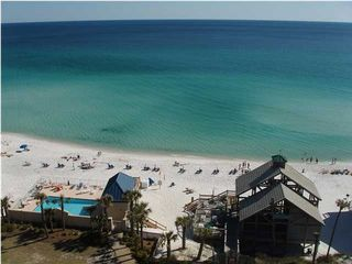 Emerald Shores house photo - Private beach pavilion w/ restrooms, showers, Bar & Cafe', & beach service