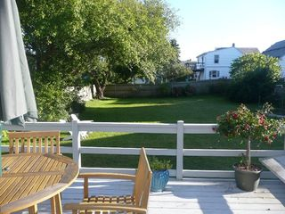 Newport cottage photo - spacious deck & yard