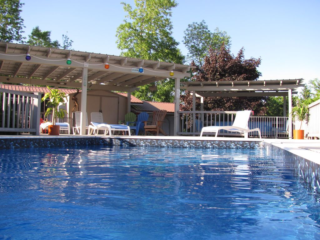 vacation rental close to the bay of fairhaven hotel in sterling new