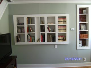 Winter Harbor house photo - Living room bookcases