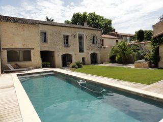Gorgeous fully restored villa with pool 20 vrbo for Villa de luxe interieur