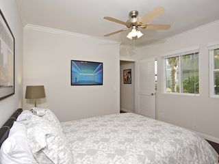 Mission Beach condo photo - Bedroom with queen bed and flat screen TV