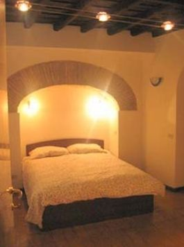 Piazza Navona apartment rental - Charming comfortable bedroom - king size double bed