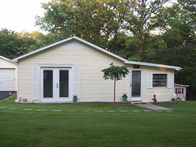 2 Br Cozy Cottage 375 Yds From Kentucky Lake.