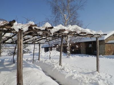 The pergola in the snow