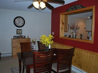 North Conway condo photo - Dining area can seat more.Table's waiting for you