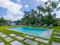 Modern Luxe Waterfront 3 Bed/Bath, Open Concept, Gulf Access, Pool, Near Beaches