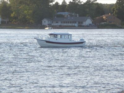 Colonial Beach cottage rental - Boating in Monroe Bay heading for the Potomac Rive