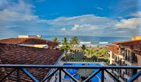 Heavenly Haven: Oceanfront Penthouse w/ Rooftop Balcony: Sales Tax included!