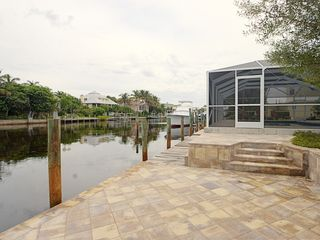 Sanibel Island house photo - Canal and dockage
