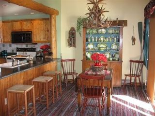 Lake Placid condo photo - Dining Room & Kitchen
