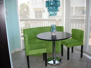 Ponte Vedra Beach house photo - Breakfast Area in the Kitchen with Deck Access