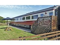 CONVERTED RAILWAY CARRIAGE, family friendly in Hawsker, Ref 3877