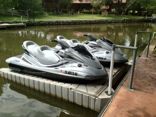 Kingsland house photo - Yamaha FX Cruiser Waverunners available for guests to rent
