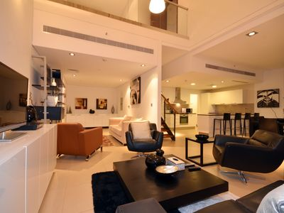 Financial Center 2 Bedrooms Apartment