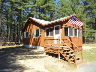 Ossipee Lake cabin photo - Welcome to Cluck's Cabin! Lakes Region & Mount Washington Valley