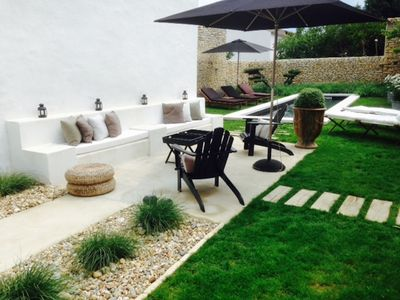 Charming house recently refurbished, beautifully designed swimming pool, village center