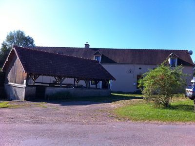 Farmhouse and lavoir