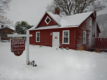 Valle Crucis cottage rental - Broadstone Cottage